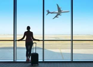 دراسة جديدة تكشف أسباب البكاء في الرحلات الجوية