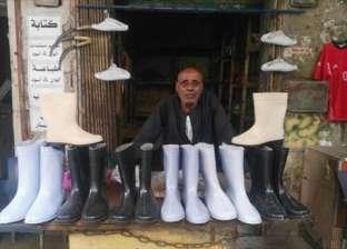 """دكان """"الأباصيري"""" هجرها """"الزبون"""" بعد 50 سنة خبرة في صناعة أحذية الدبح"""