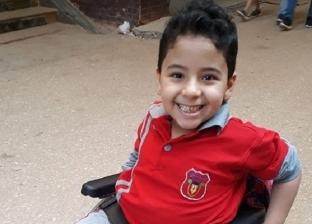 """مسابقة لـ""""أجمل صورة"""" فى أول يوم مدرسة.. وطفل مبتسم على كرسى متحرك يخطف """"اللايكات"""""""