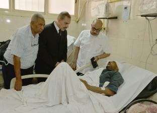 محافظ أسيوط يزور مصابي حادث تصادم طريق أسيوط القاهرة الزراعي