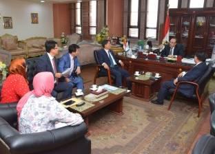 """محافظ بني سويف يبحث مع جمعية """"كيدا"""" الكورية التعاون في مجال الاستثمار"""