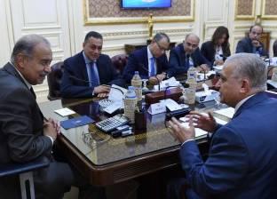 رئيس الوزراء يناقش تطوير التعليم والمتحف المصري الكبير