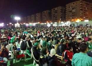 محافظ بورسعيد يتابع مباراة المصري والأهلي في السوبر بمركز شباب الاستاد