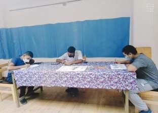 ورشة لتعليم فنون الرسم في قصر ثقافة مطروح (صور)