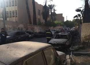 """""""الإطفاء"""" تسيطر على حريق الطالبية.. و13 سيارة تحترق بسبب النيران"""