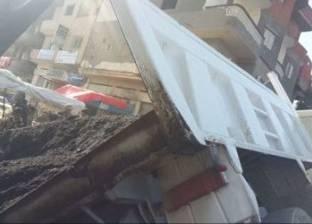 مصرع 3 عمال وإصابة 10 آخرين في انقلاب سيارة بالسويس