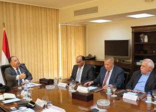 وزير المالية: الانتهاء من مراجعة بطاقات التموين أول يناير المقبل