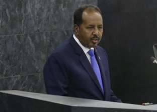 الرئيس الصومالي يحذر دولا أجنبية من استثمارات غير شرعية في بلاده