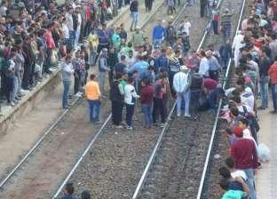 """وفاة طالبة جامعية أسفل عجلات قطار """"أبو قير"""" في الإسكندرية"""