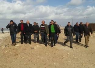 محافظ بورسعيد يتفقد أعمال شفط المياه من الشوارع