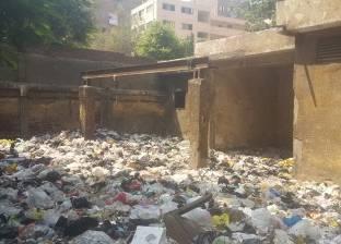 «مجمع منشية ناصر»: حرق أكوام القمامة فى فناء المدارس بجوار مولد كهرباء يغذى المنطقة