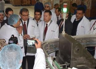 وزير القوى العاملة ومحافظ بني سويف يتفقدان مصنع صيني لإنتاج الخميرة