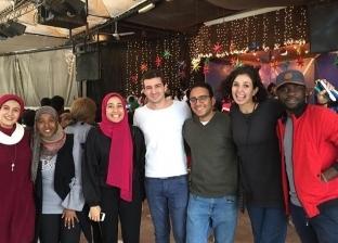 """""""أنشطة فنية وورش"""".. شباب يتطوعون لدمج الطلاب الأفارقة بالمصريين"""