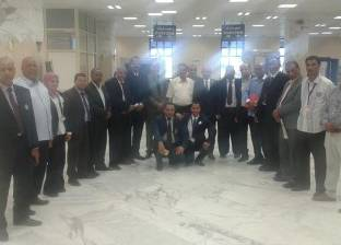 العزب يتفقد الصالات الدولية وأجهزة تفتيش الحقائب والأفراد بمطار أسوان