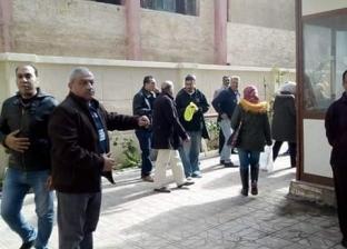 حي الجمرك بالإسكندرية ينفذ محاكاة لإخلاء مبنى الديوان العام بالطوارئ
