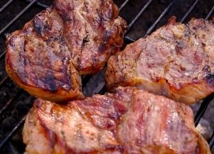 منها الهوت دوج واللحم المشوي.. 10 أطعمة تؤدي للإصابة بأمراض خطيرة