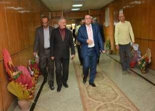 لجنة المالية تصل جامعة أسيوط لتقييم نظام أجور العاملين