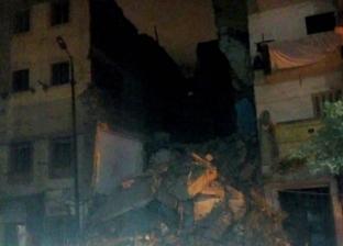 بالصور| انهيار عقار من 6 طوابق في الإسكندرية دون إصابات