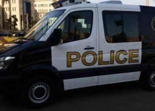 """إصابة 7 أفراد شرطة إثر انقلاب سيارة """"ترحيلات"""" في المنيا"""