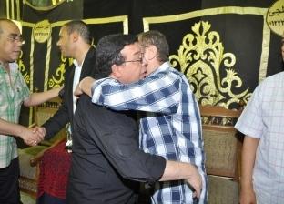 أحمد آدم والسبكي وحنان شوقي في عزاء المخرج محمد النجار