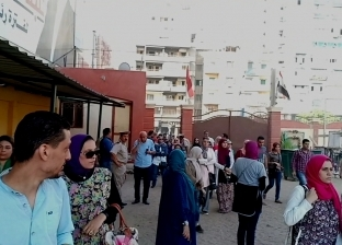 """أولياء أمور طالبات """"الرافعي"""" بطنطا يشكون من تعرض بناتهن للمضايقات"""