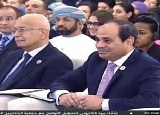 """السيسي: """"بنات أسرتي كانوا بيقولوا ياريت بابانا يبقى زي عمو عبدالفتاح"""""""