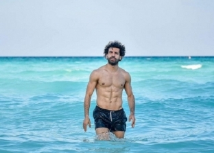 """بالصور  من """"صلاح"""" لـ """"أمينة خليل"""".. الجونة """"مصيف"""" المشاهير في العيد"""