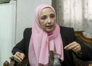"""ابنة مصطفى محمود: لم يكن ملحدا.. وكان """"مهموما"""" بأوضاع الناس"""