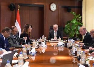"""رئيس الوزراء يترأس اجتماع """"التخطيط العمراني"""""""