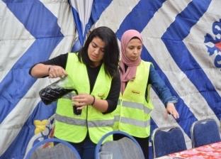قبطية تتطوع فى مائدة رحمن: مسلم ومسيحى لقمة واحدة