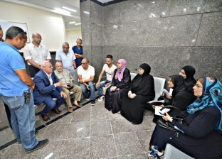 محافظ بورسعيد يشيد بإقبال المواطنين على التسجيل بمنظومة التأمين الصحي