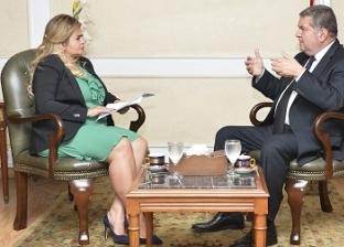 هشام توفيق وزير قطاع الأعمال العام: أصول الشركات التابعة لن تدخل صندوق مصر السيادى.. وملتزم بإنقاذ القطاع من عثرته
