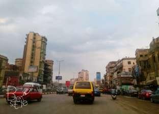 بالصور| هطول أمطار وانتشار الشبورة المائية بشوارع الغربية
