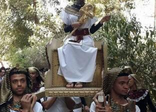 أسيوط تبدع مرة أخرى.. نفرتيتي في الجامعة بعد الطبلة والجلباب البلدي