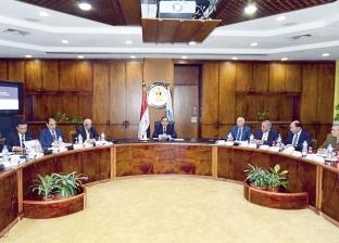 «البترول»: ندرس بدائل نقل غاز «شرق المتوسط» إلى محطات الإسالة المصرية