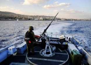 زوارق الاحتلال تستهدف مراكب الصيد شمال غزة