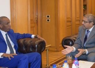 """رئيس """"غرفة القاهرة"""" يستقبل سفير جيبوتي لبحث زيادة التبادل التجاري"""