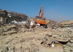 """""""محلية ملوي"""" تشن حملة لرفع المخلفات والقمامة بأحياء المركز"""