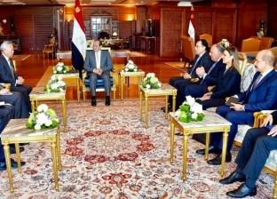 السيسي يشيد باعتماد مصر بالبنك الآسيوي كأول دولة عمليات غير إقليمية به