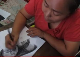 بالفيديو| قضت ساعات ترسم وجوه تلاميذها لتحفيزهم على التفوق