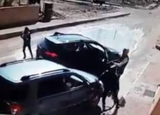 سطو مسلح على سيارة تحمل 3 ملايين جنيه مرتبات عمال مصنع ببورسعيد