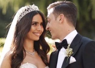 ماذا سيفعل أوزيل بهدايا حفل زفافه الأسطوري على ملكة جمال تركيا؟