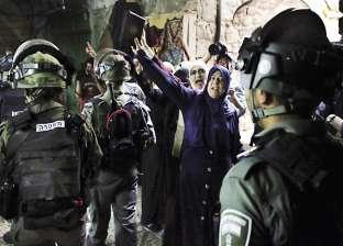 الاحتلال الإسرائيلى يحطم أبواب «الأقصى» التاريخية
