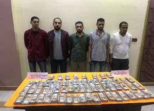 حبس 5 عاطلين بتهمة الاستيلاء على مليوني جنيه من سيارة أدوية في الهرم