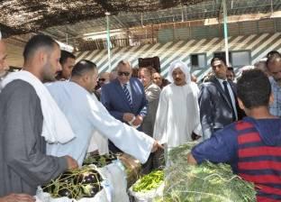 """رئيس سوق """"6 أكتوبر"""": 6 آلاف طن يوميا من الخضار والفاكهة"""