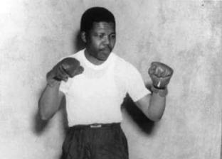 """بالصور.. تعرف على الملاكم """"نيلسون مانديلا"""" في ذكرى ميلاده الـ 101"""