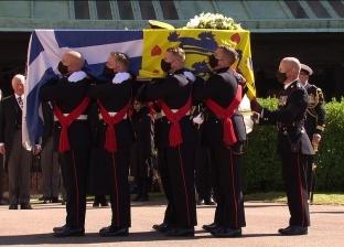 مراسم تشييع جثمان الأمير فيليب بحضور الملكة إليزابيث الثانية «صور»