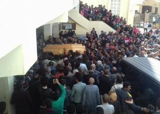 """أحمد إبراهيم ينعى ضحايا """"أسوان"""" في حادث قطار """"محطة مصر"""""""