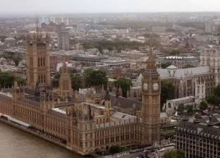 """بالتفاصيل  دهس مواطنين أمام البرلمان البريطاني.. يشتبه بأنه """"إرهابي"""""""