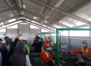 محافظ البحر الأحمر يفتتح أول مصنع لتدوير المخلفات بالغردقة